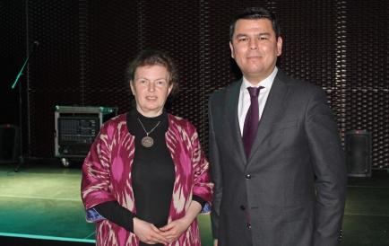 """H.E. Mr Sherzod ASADOV - Usbekischer Botschafter in Wien und Daniela Lieberwirth - Vorsitzende KultEurasia, """"Uzbekistan meets Anatolia"""" - Foto Amir Siddique"""