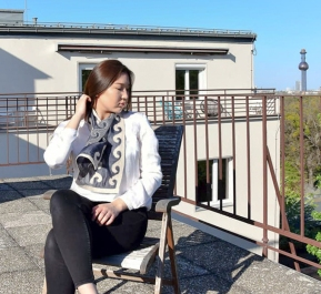 Filz-Seide-Kleidung aus Kirgistan-5.